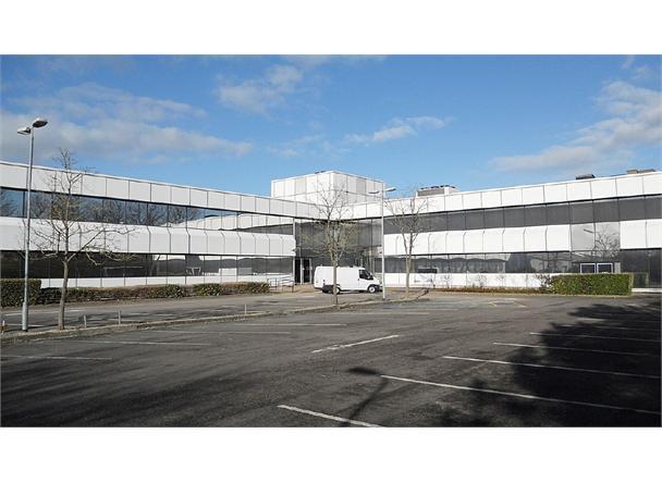 800 Delta Office Park, Swindon