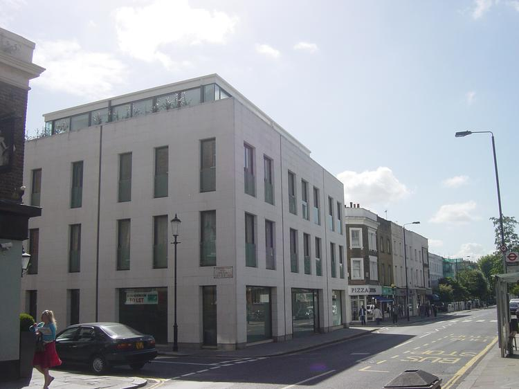 Retail space for sale/to let