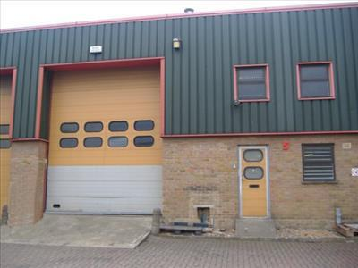 TO LET - WAREHOUSE / INDUSTRIAL UNIT Unit 5 Neptune Business Estate, Neptune Close, Medway City Estate, Rochester, Kent