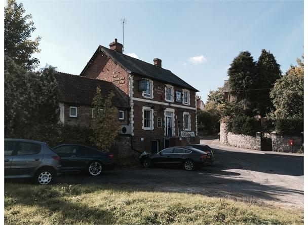 UNDER OFFER Goodlake Arms, Wantage