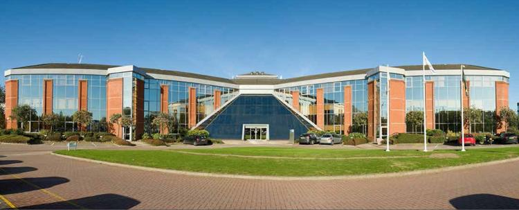 100 Berkshire Place, Winnersh Triangle