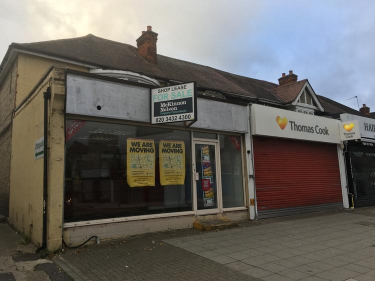 CHINGFORD PROMINENT A2 SHOP TO LET