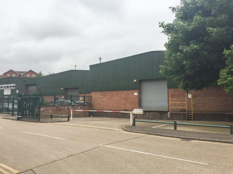 UNDER OFFER -1 Sphere Industrial Estate, Campfield Road, St Albans