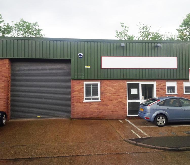 *UNDER OFFER* 7 Sphere Industrial Estate, Campfield Road, St Albans