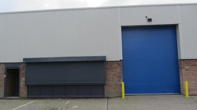 Unit 9 Crayside Industrial Estate, Thames Road, Crayford, Kent