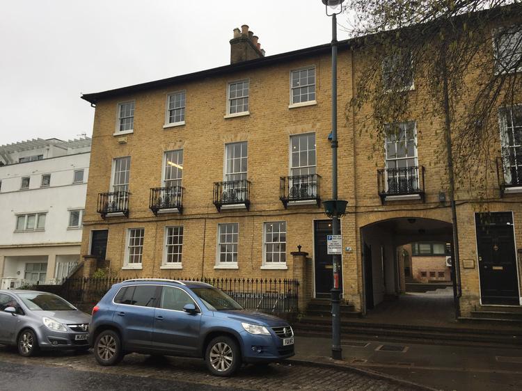 103-105 High Street, Berkhamsted