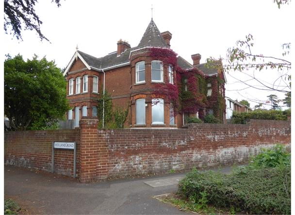 UNDER OFFER 9 Sittingbourne Road, Maidstone