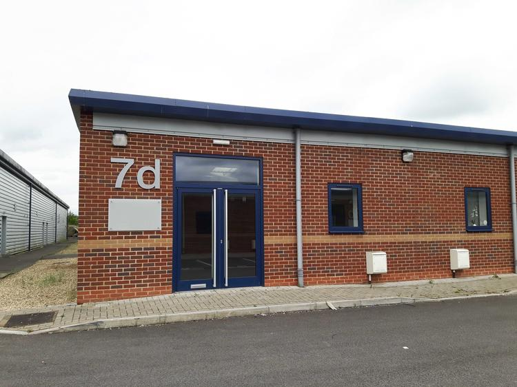 Unit 7d, Brydges Court, Castledown Business Park, ANDOVER