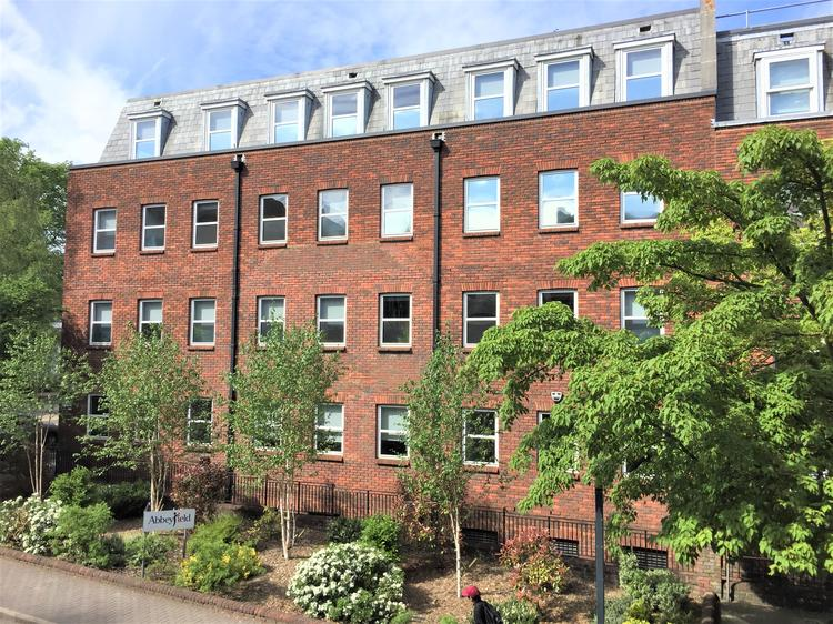 First Floor Office, St Peters House, 2 Bricket Road, St Albans