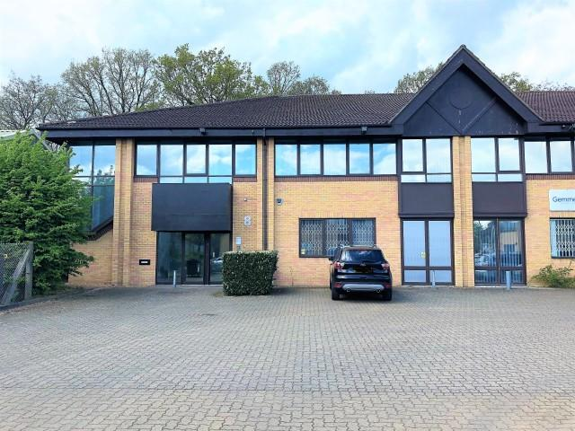 Ground Floor, 8 Sandridge Park, Porters Wood, St Albans