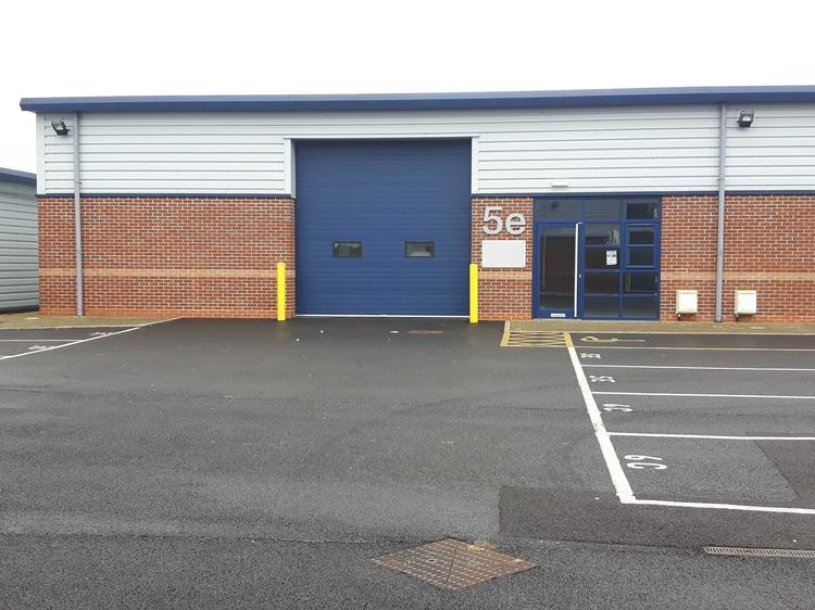 Unit 5e, Brydges Court, Castledown Business Park, ANDOVER