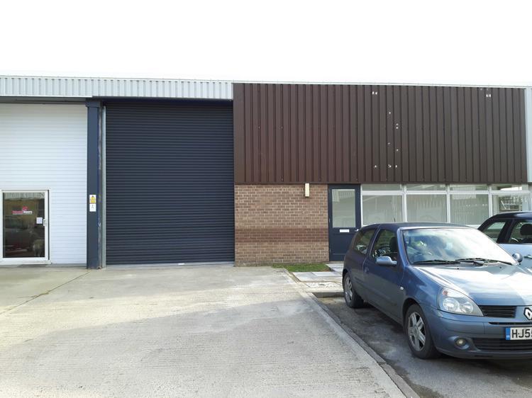 Unit 12, River Ray Industrial Estate, Barnfield Road, SWINDON