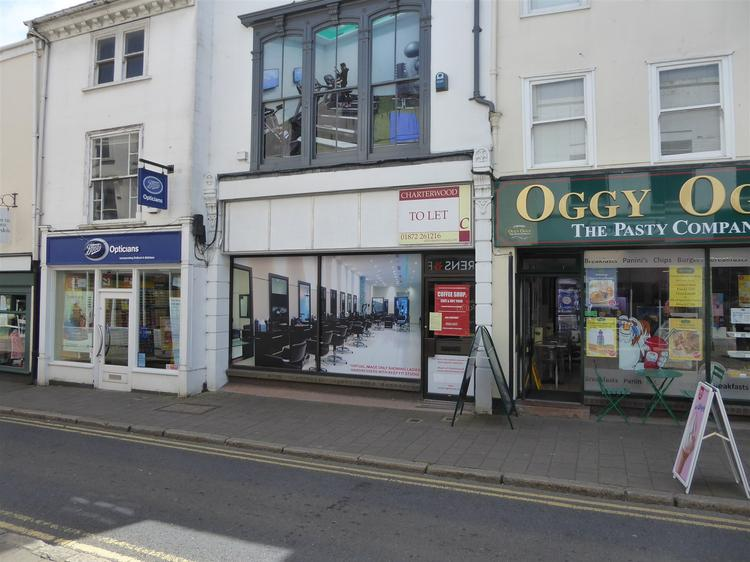 14 Fore Street, BODMIN