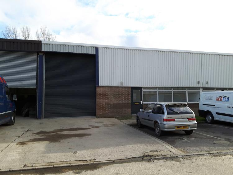 Unit 8, River Ray Industrial Estate, SWINDON