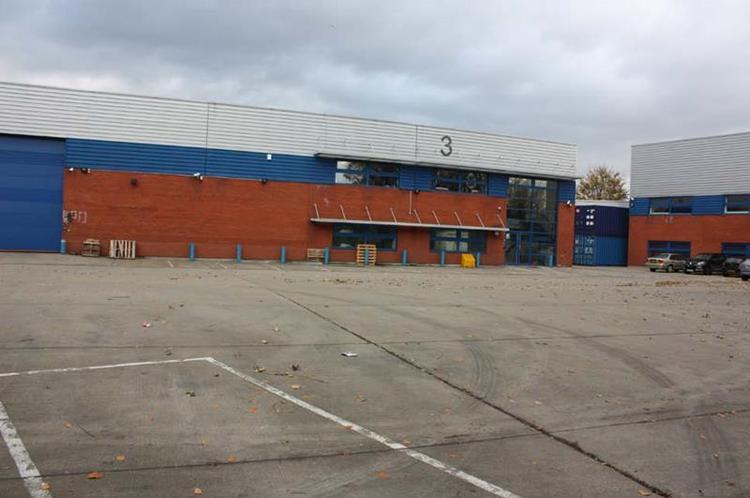 Unit 3 Riverside Cargo Centre, Mathisen Way, Slough
